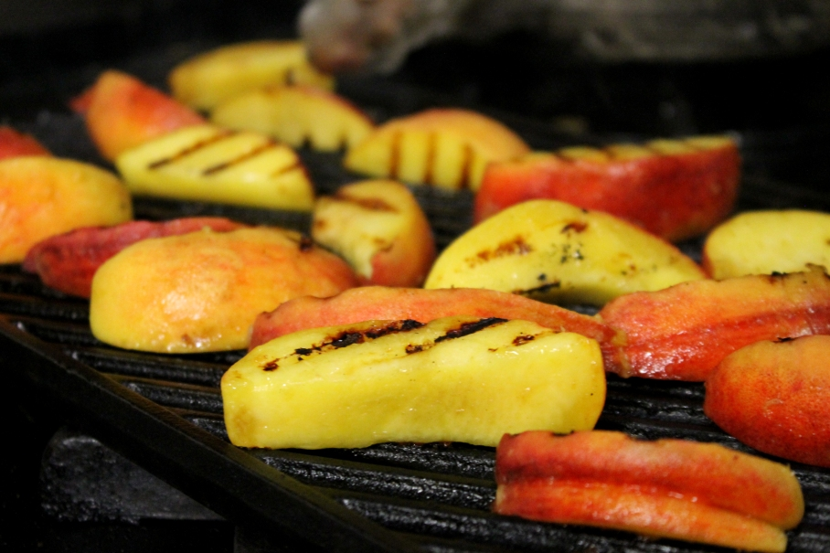 Grilled_Peaches